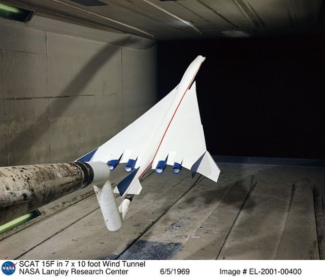 SCAT_15F_model_in_NASA_Langley_Research_Center_wind_tunnel